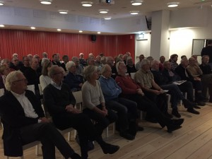 Deltagare i höstträff 2015. Föredrag av Lasse Granath, Sjökartograf.